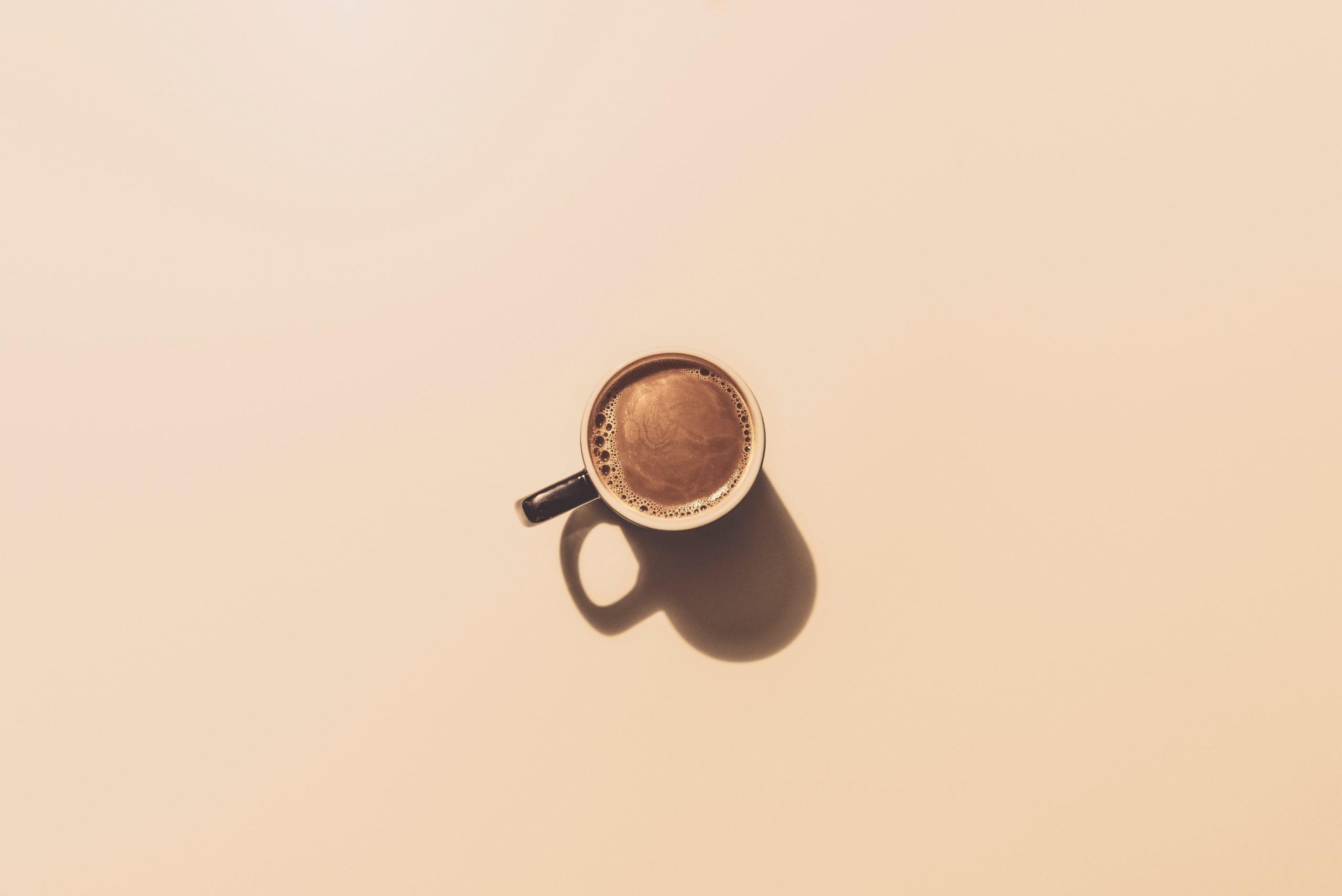 Kawa bez ekspresu? Alternatywne sposoby parzenia kawy.